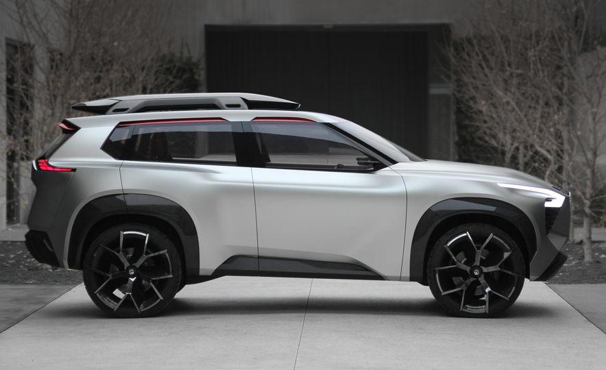 Nissan Xmotion concept - Slide 3
