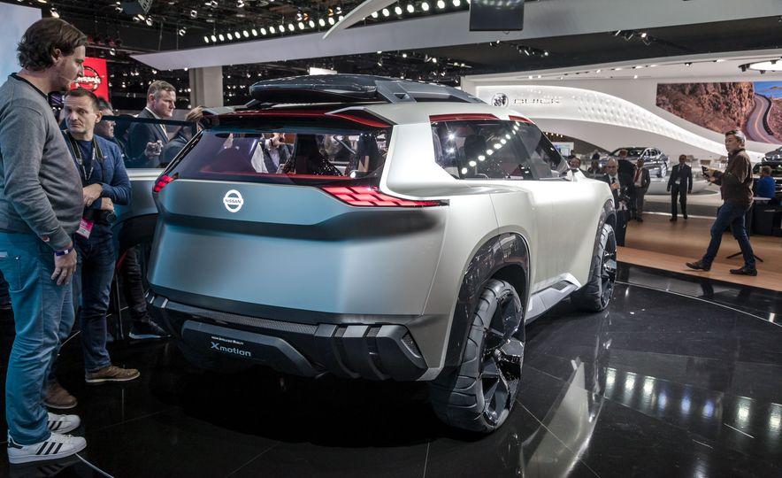 Nissan Xmotion concept - Slide 14