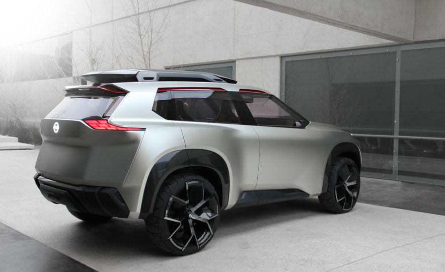 Nissan Xmotion concept - Slide 5