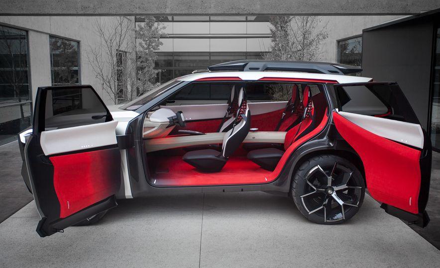 Nissan Xmotion concept - Slide 9