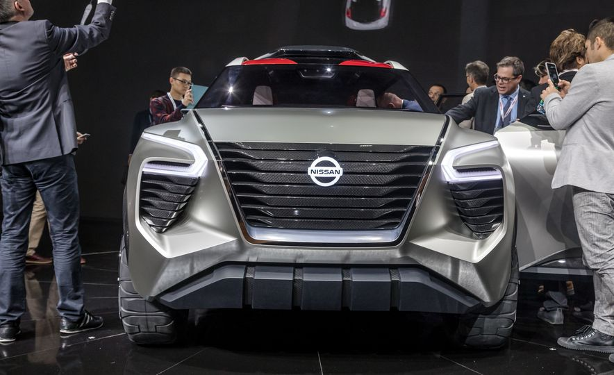 Nissan Xmotion concept - Slide 18