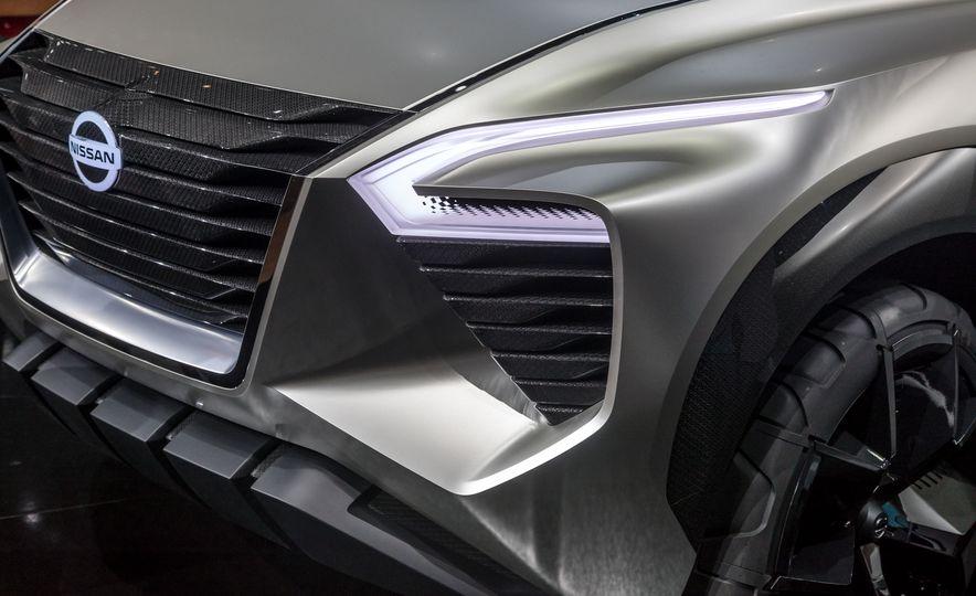 Nissan Xmotion concept - Slide 19
