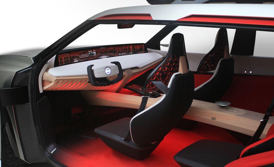 Nissan Xmotion concept - Slide 7
