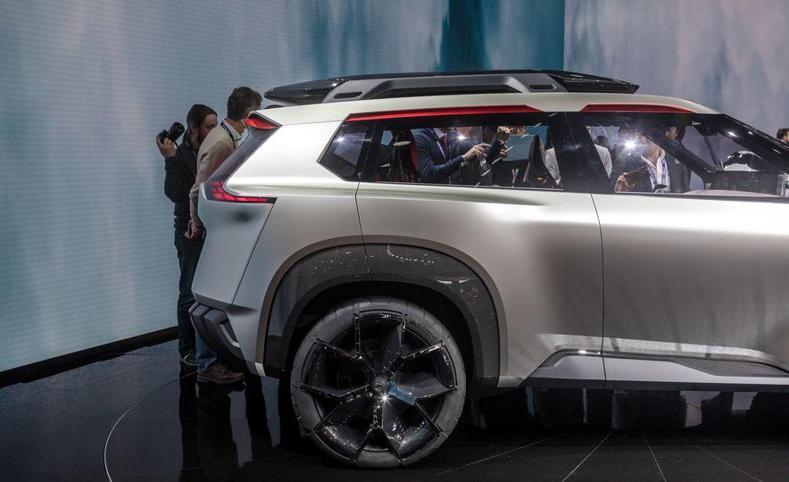 Nissan Xmotion concept - Slide 21