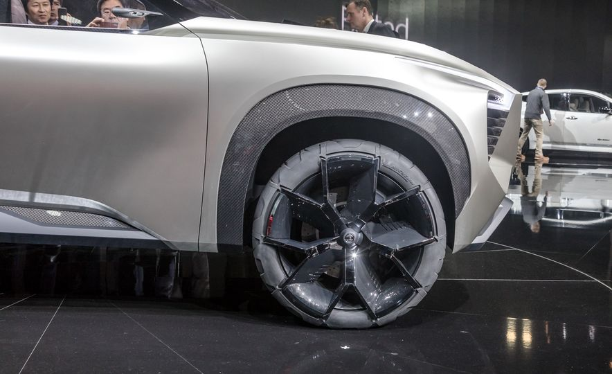 Nissan Xmotion concept - Slide 22