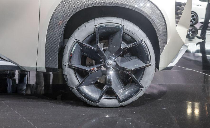 Nissan Xmotion concept - Slide 23