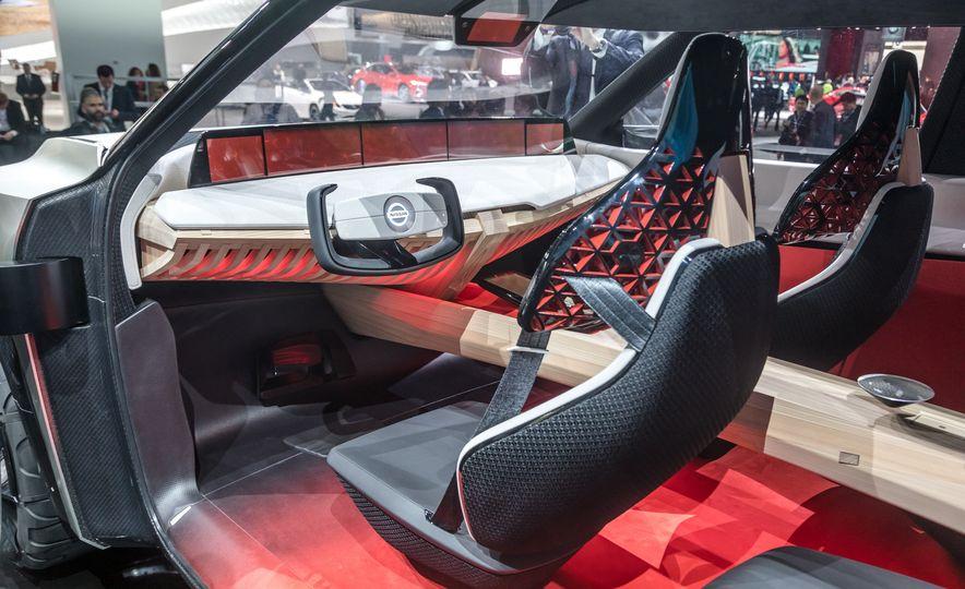 Nissan Xmotion concept - Slide 27