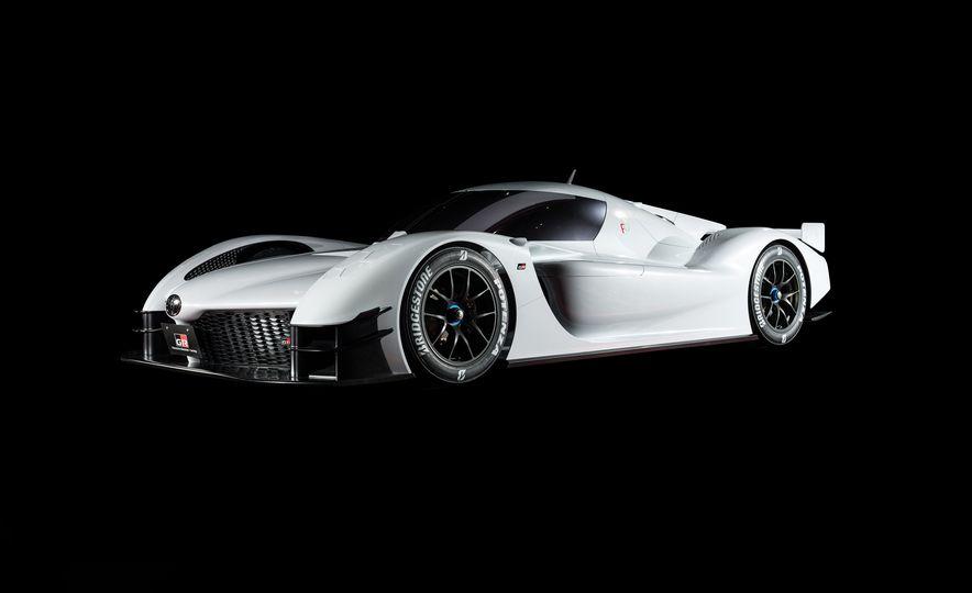 Toyota GR Super Sport Concept - Slide 1