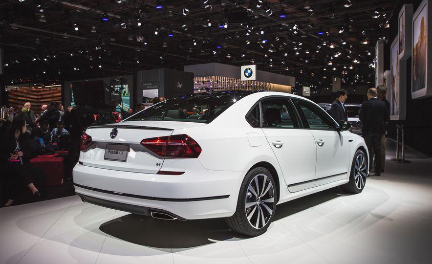 Volkswagen Passat GT concept - Slide 11