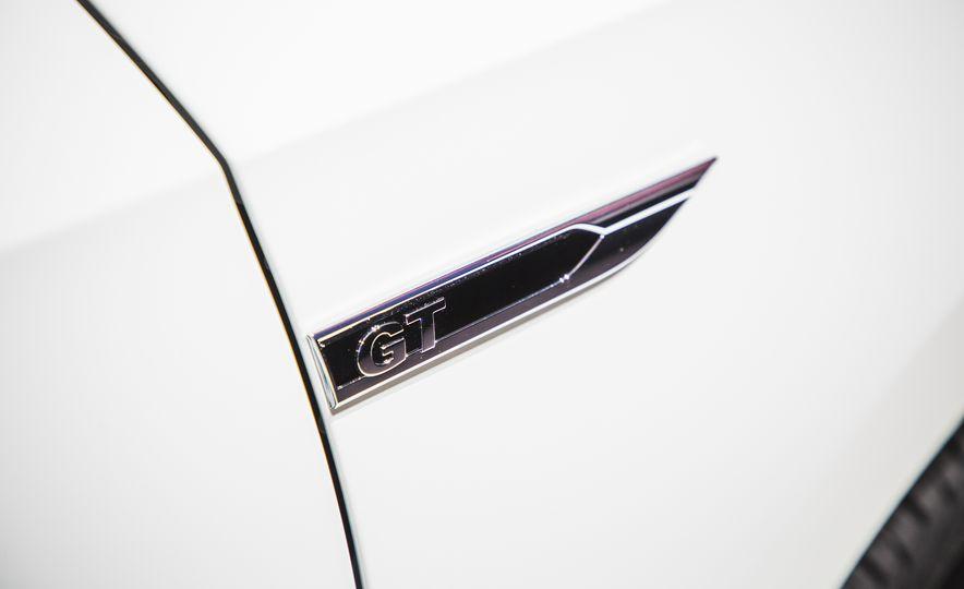 Volkswagen Passat GT concept - Slide 15