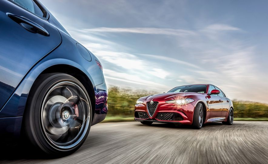 2018 Alfa Romeo Giulia - Slide 12