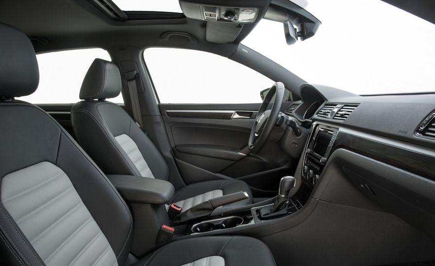 Volkswagen Passat GT concept - Slide 9