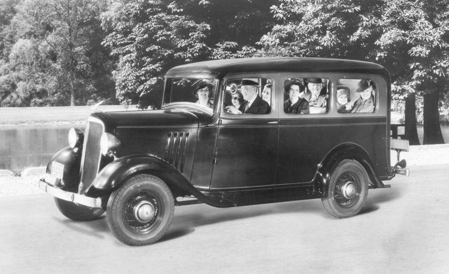 1935 Chevrolet Suburban - Slide 1