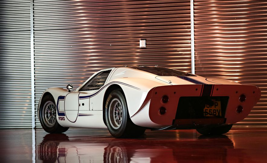 1967 Ford GT40 Mk IV - Slide 3