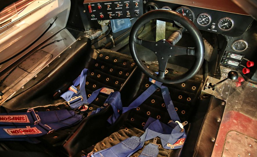 1967 Ford GT40 Mk IV - Slide 8