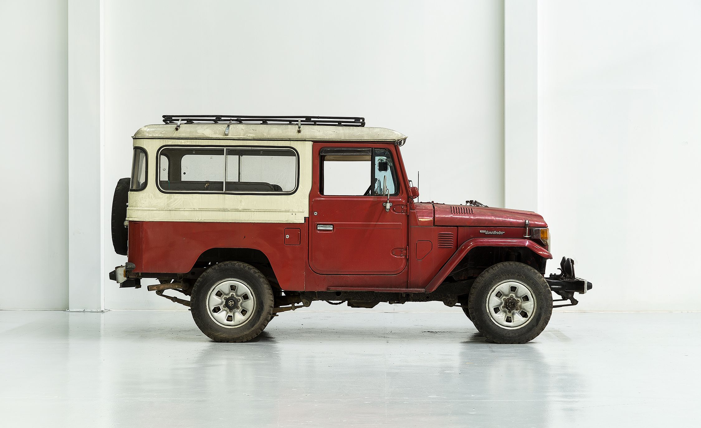 Superb How The FJ Company Turns A Vintage Toyota Land Cruiser Into A $200K Custom  4×4