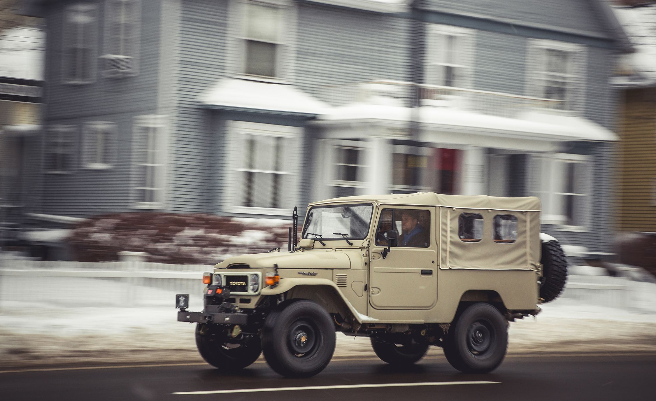 How the FJ Company Turns a Vintage Toyota Land Cruiser into a $200K Custom  4×4