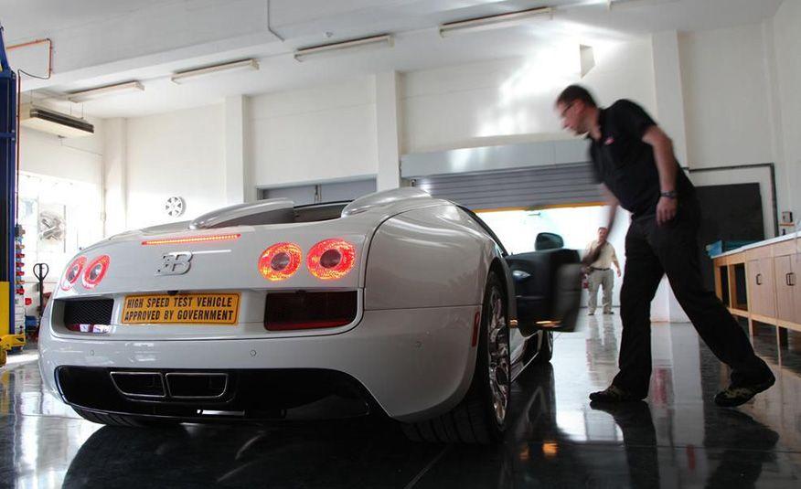 2013 Bugatti Veyron 16.4 Grand Sport Vitesse - Slide 32