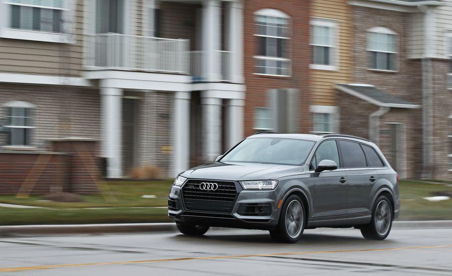 2017 Audi Q7 - Slide 2