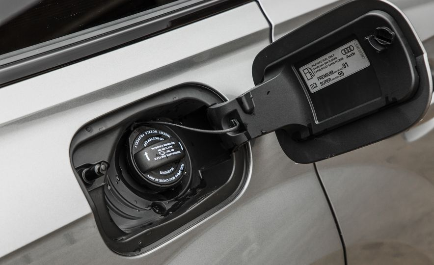 2017 Audi Q7 - Slide 47