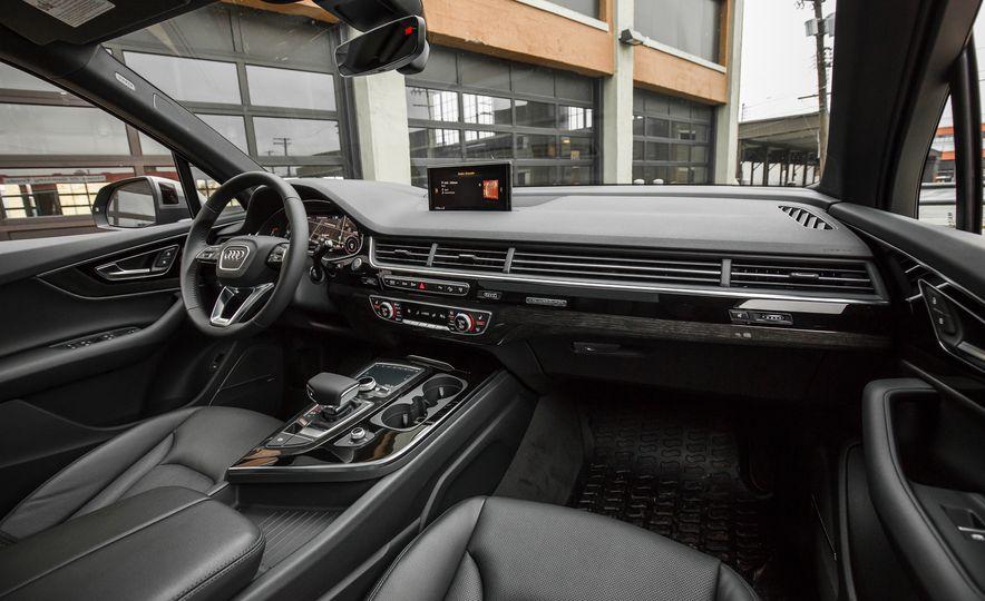 2017 Audi Q7 - Slide 58