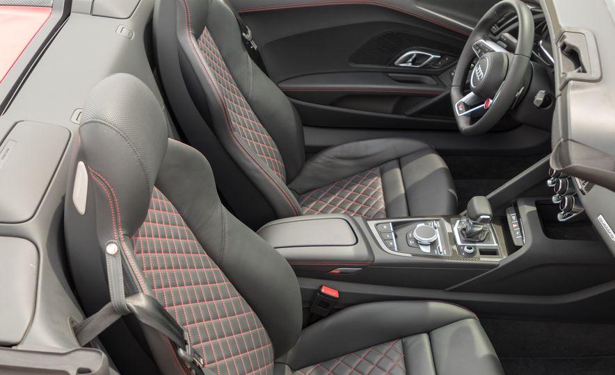 2017 Audi R8 Spyder - Slide 18