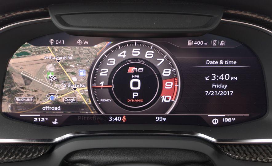 2017 Audi R8 Spyder - Slide 19