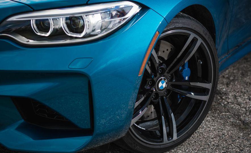 2016 BMW M2 - Slide 14