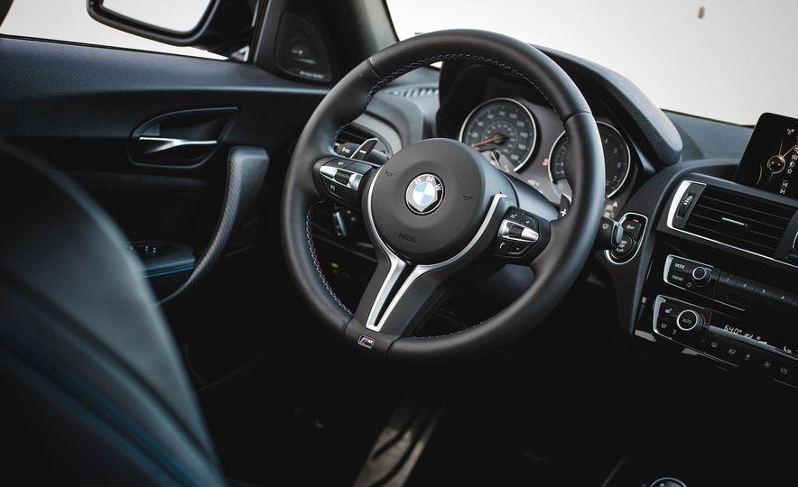 2016 BMW M2 - Slide 28