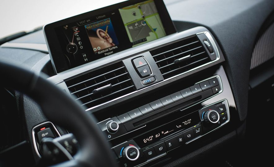 2016 BMW M2 - Slide 34
