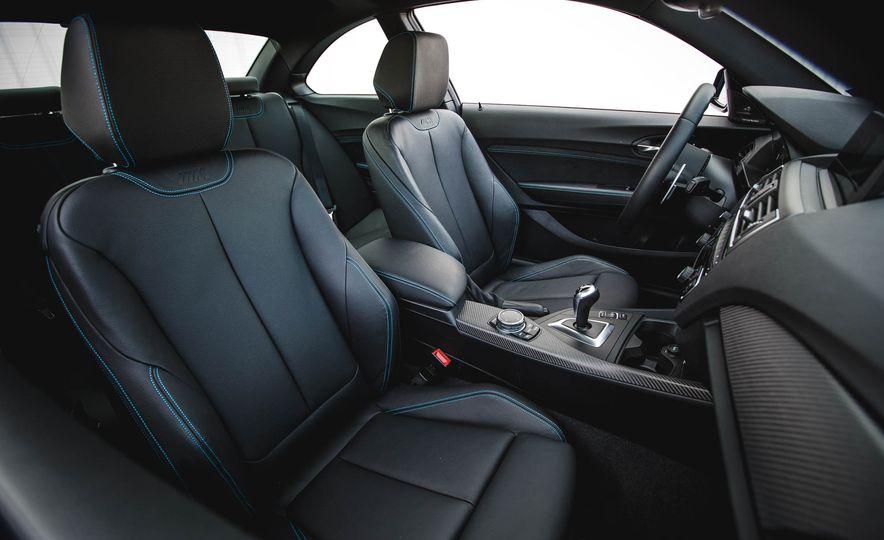 2016 BMW M2 - Slide 42