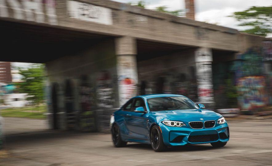 2016 BMW M2 - Slide 48