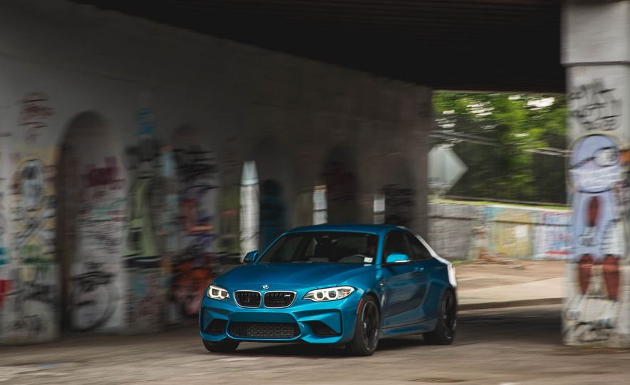 2016 BMW M2 - Slide 49
