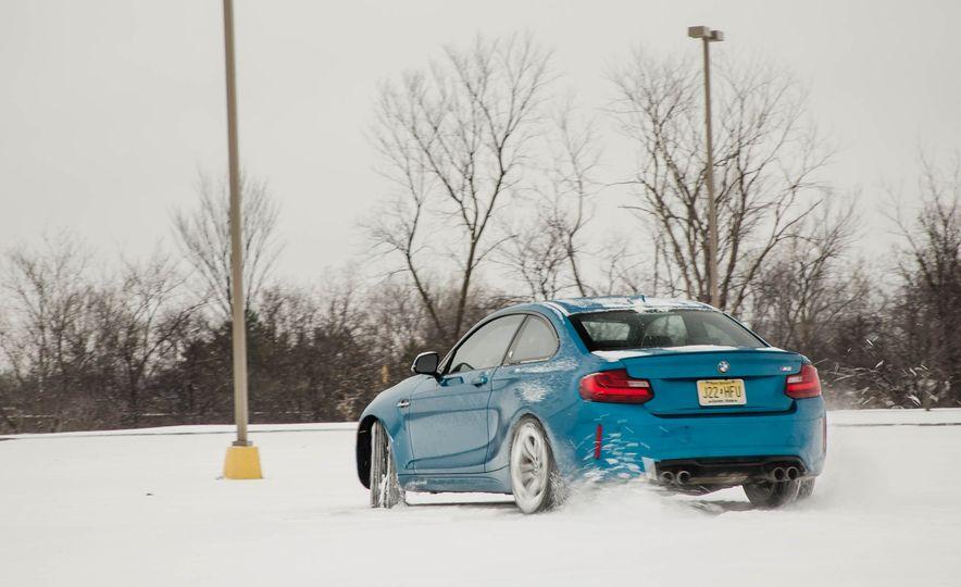 2016 BMW M2 - Slide 78