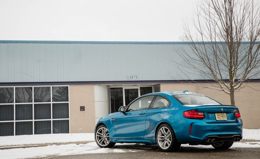 2016 BMW M2 - Slide 82