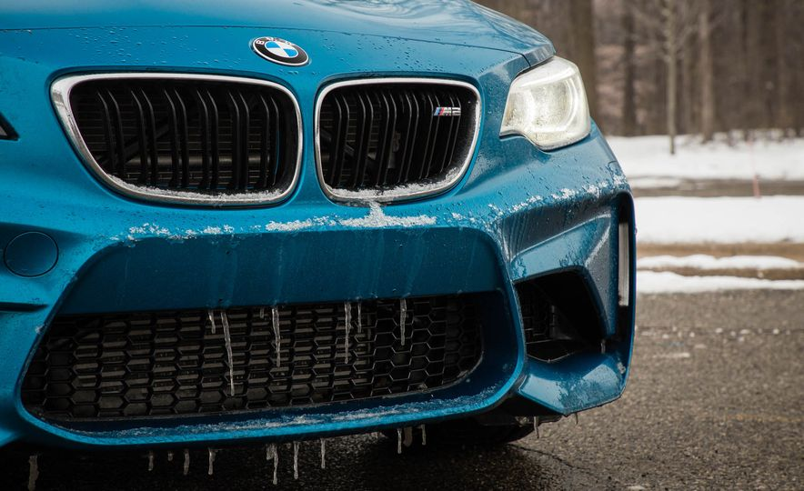 2016 BMW M2 - Slide 87