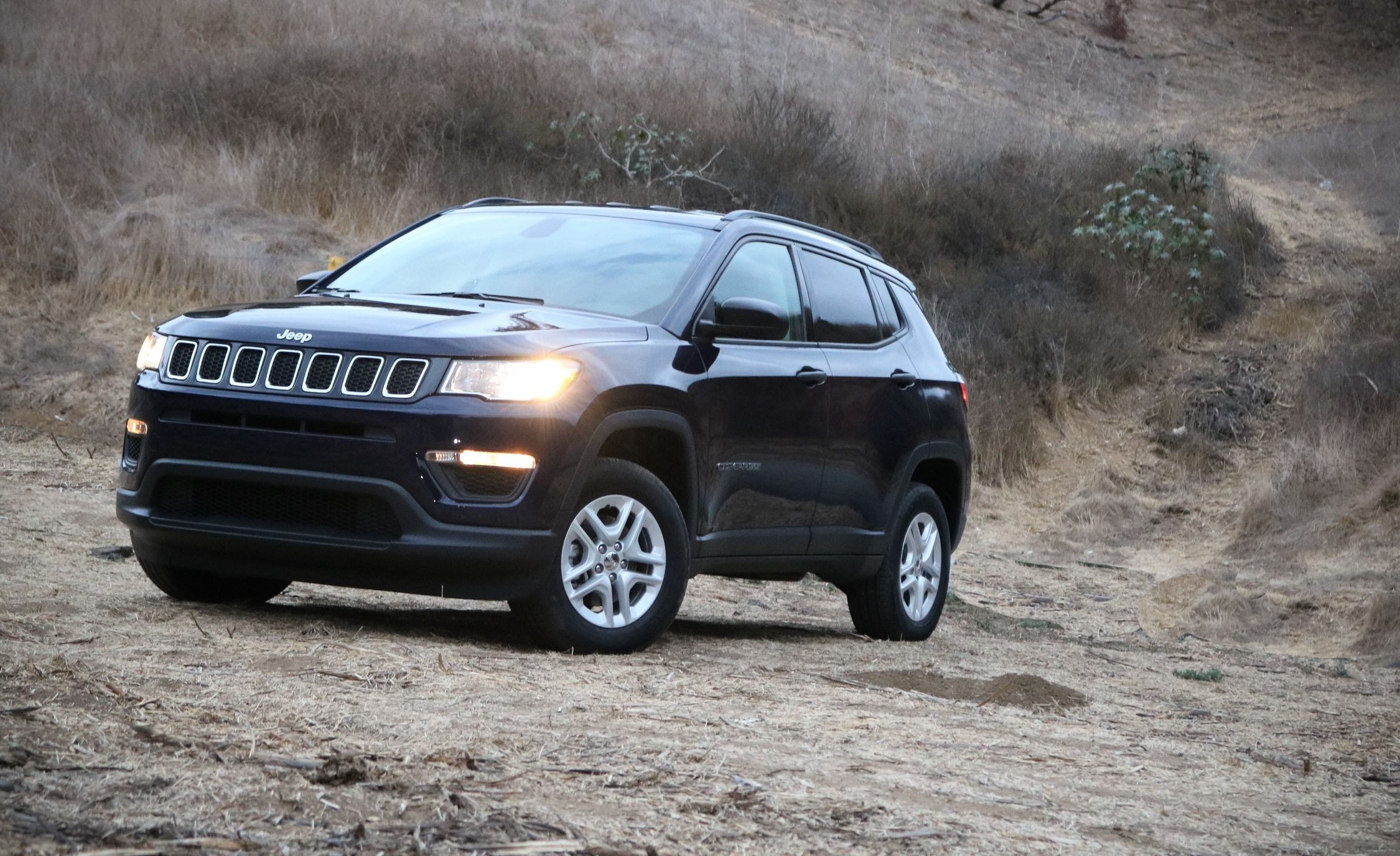 jeep grand cherokee kelley blue book autos post. Black Bedroom Furniture Sets. Home Design Ideas