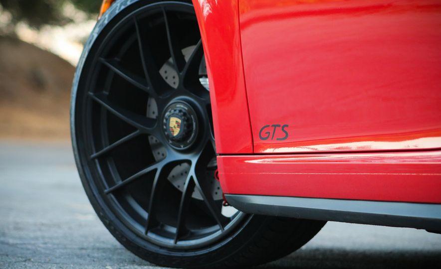 2017 Porsche 911 Targa GTS PDK - Slide 30