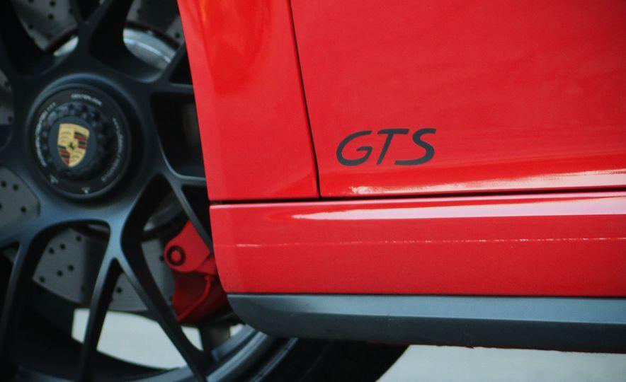 2017 Porsche 911 Targa GTS PDK - Slide 31