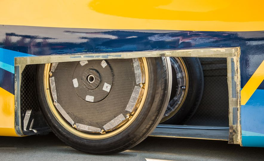 2017 University of Michigan Novum Solar Car - Slide 15