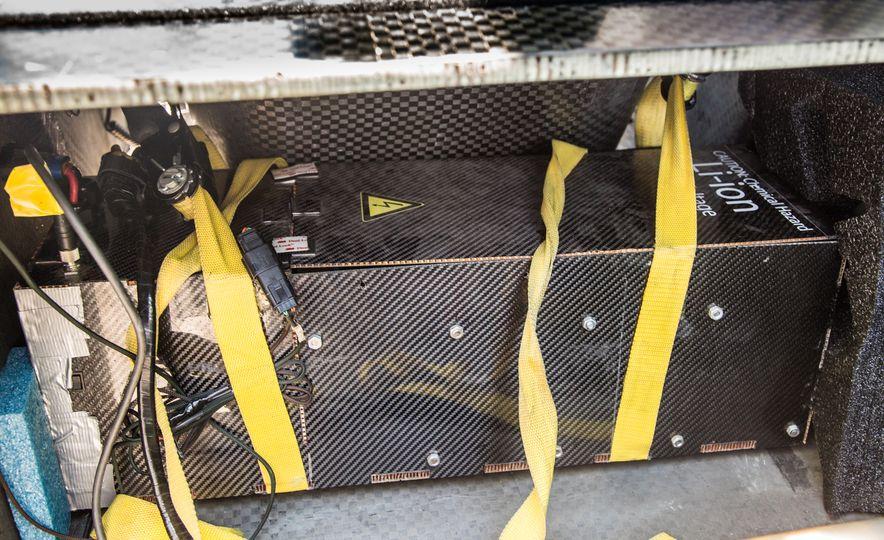 2017 University of Michigan Novum Solar Car - Slide 27