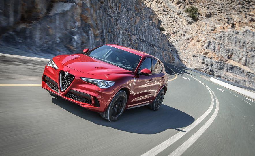 2018 Alfa Romeo Stelvio Quadrifoglio - Slide 3
