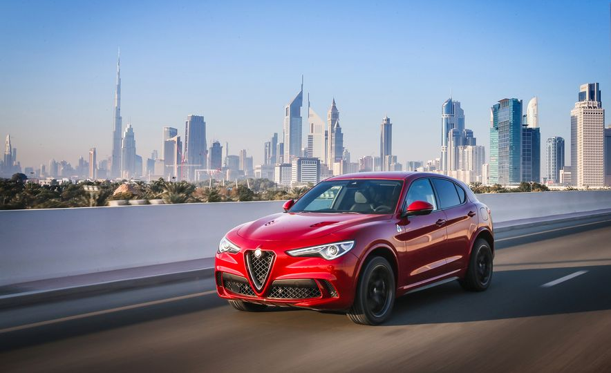 2018 Alfa Romeo Stelvio Quadrifoglio - Slide 9