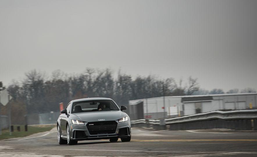 2018 Audi TT RS - Slide 2