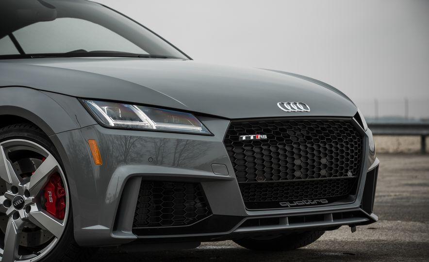 2018 Audi TT RS - Slide 16
