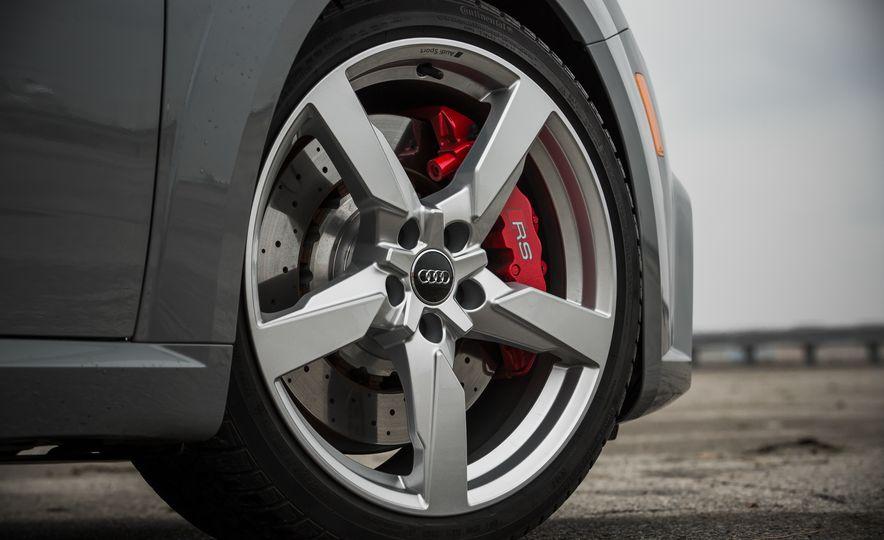 2018 Audi TT RS - Slide 23