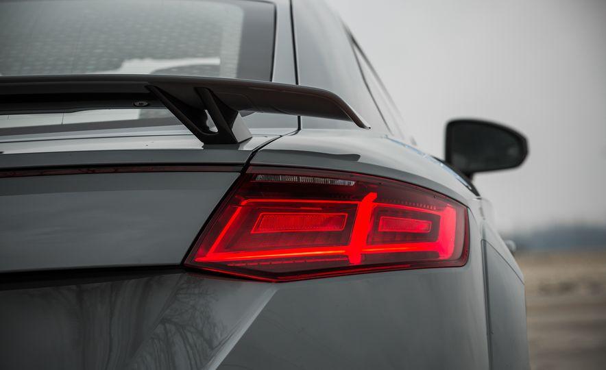 2018 Audi TT RS - Slide 30