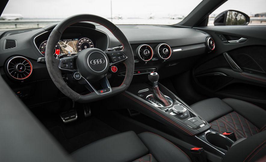 2018 Audi TT RS - Slide 34
