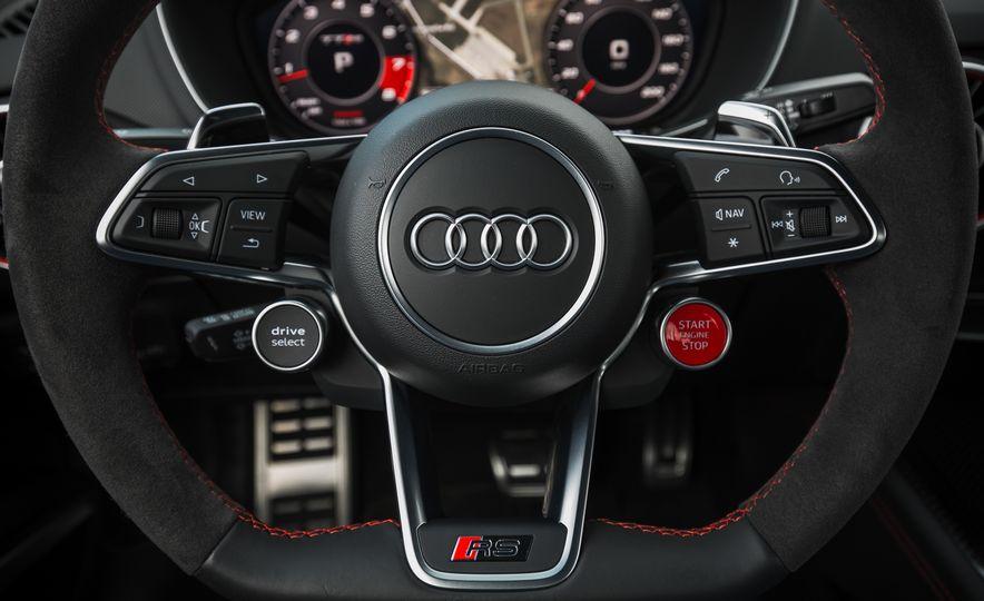 2018 Audi TT RS - Slide 41