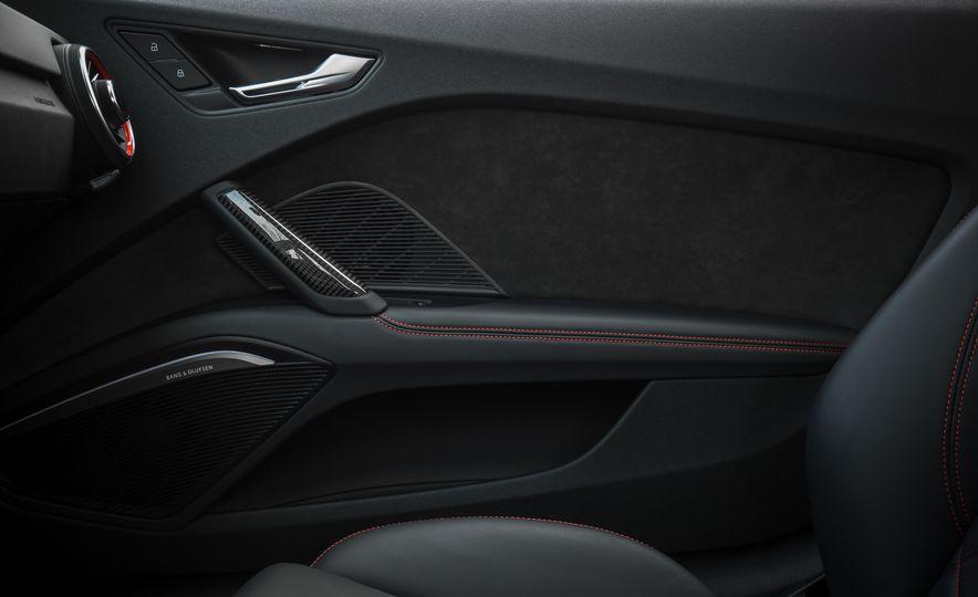 2018 Audi TT RS - Slide 53